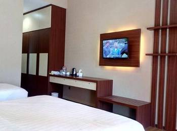Hotel Selecta Malang - Suite 3 Person Regular Plan