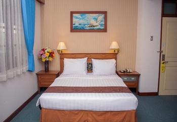 Azana Sapta Nawa Resort Gresik - Deluxe Room Regular Plan