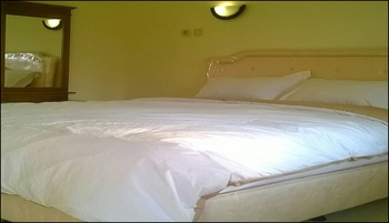 Griya Imafa Guesthouse Batu  Malang - Double Room Regular Plan