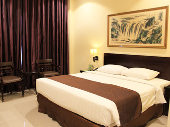 Narita Classic Hotel Surabaya - SUITE KING WITH BREAKFAST,1 TEMPAT TIDUR Regular Plan