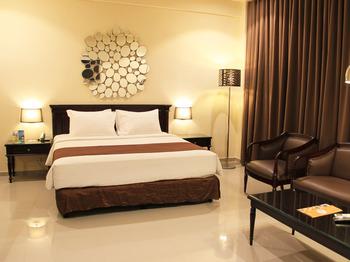 Narita Classic Hotel Surabaya - VIP ROOM WITH BREAKFAST Regular Plan