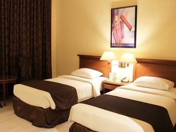 Narita Classic Hotel Surabaya - DELUXE TWIN  ROOM ONLY 2 TEMPAT TIDUR  Liburan Sekeluarga