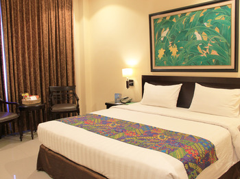 Narita Classic Hotel Surabaya - SUITE KING ROOM ONLY Regular Plan