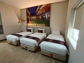 Promenade Hotel Bandung - Triple bed room only Regular Plan