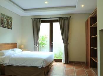 RedDoorz @Kerobokan Seminyak Bali - RedDoorz Room Special Promo Gajian