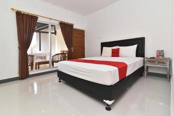 RedDoorz near Tanjung Benoa Beach Bali - RedDoorz Room Basic Deal