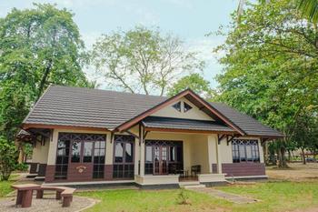Mutiara Carita Cottages Serang - Super Royal Cottage  4 Bedroom Room Only 1st Floor FLASH SALE