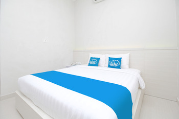 Airy Stasiun Balapan Natuna 4 Solo - Business Double Room Only Regular Plan