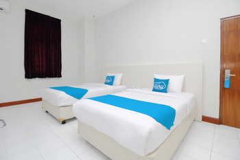 Airy Stasiun Balapan Natuna 4 Solo - Superior Twin Room Only Regular Plan