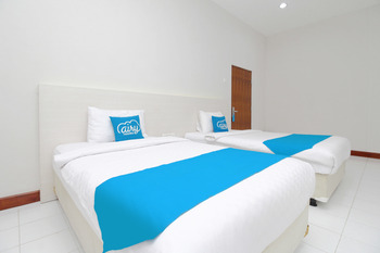 Airy Stasiun Balapan Natuna 4 Solo - Deluxe Twin Room Only Regular Plan