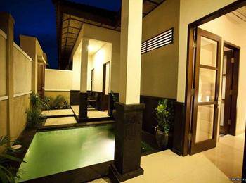 Black Penny Villas Trawangan Lombok - Two Bedroom Villa with Breakfast BIG PROMO !!!
