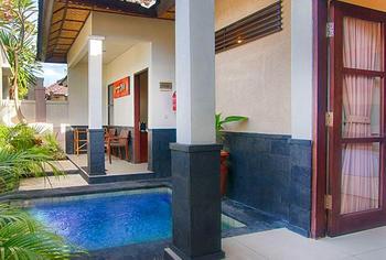 Black Penny Villas Trawangan Lombok -  One Bed Room Villa Room Only Regular Plan