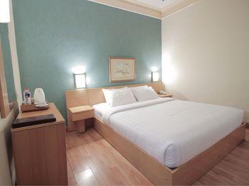 Topas Galeria Hotel Bandung - Standard Double Regular Plan