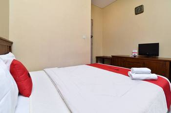 RedDoorz near Pantai Sanur Bali Bali - RedDoorz Room with Breakfast Regular Plan