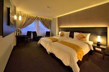 Tjokro Hotel Pekanbaru - Deluxe Twin Room Only Regular Plan