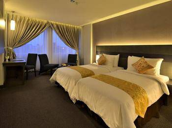 Tjokro Hotel Pekanbaru - Superior Twin Room only Regular Plan