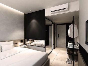 Mahima Hotel Semarang - Superior King (Room Only) Regular Plan