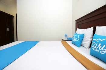Airy Kayu Tangi Brigjen Hasan Basri 70 Banjarmasin - Deluxe Double Room with Breakfast Special Promo Jan 5