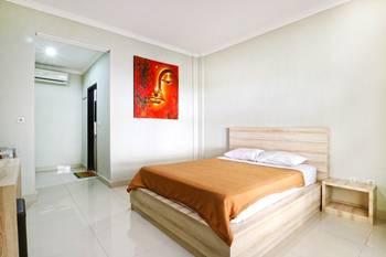 Palm Garden Kuta Bali - Standard Room With AC Last Minutes