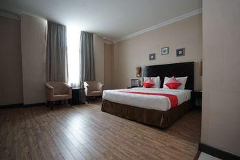 Capital O 1128 Hotel Imara Palembang - Suite Double Regular Plan