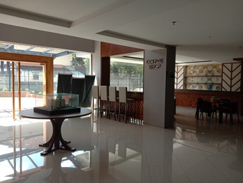 Greenpark Jogja Apartment #A518B