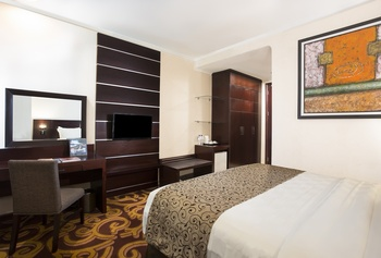 Swiss-Belhotel Merauke - Deluxe Queen Room Only Regular Plan
