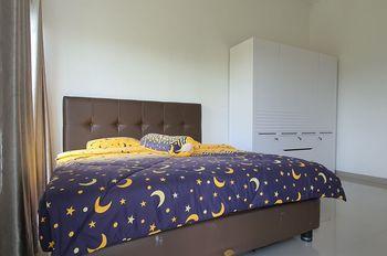 Irwansyah Homestay Jember - Standard King Room Only Regular Plan
