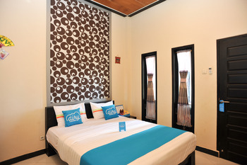 Airy Bandara El Tari Yupiter Satu Kupang - Standard Double Room with Breakfast Special Promo Aug 33