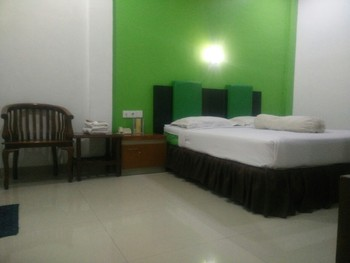 Hotel Lestari Jambi - Standard Room Regular Plan