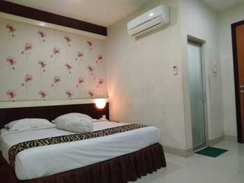 Hotel Lestari Jambi - Deluxe Room Regular Plan