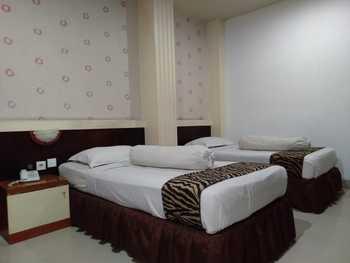 Hotel Lestari Jambi - Extra Deluxe Double Regular Plan