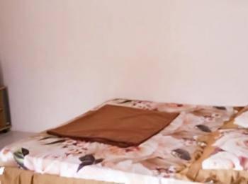 Penginapan Karanglaut Sayangheulang Garut - Standard Room AC  Regular Plan