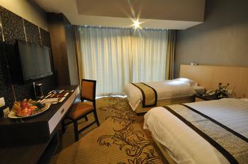 Hermes Palace Hotel Medan by BENCOOLEN Medan - Superior Room Regular Plan