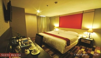 Hermes Palace Hotel Medan by BENCOOLEN Medan - Suite Room Regular Plan
