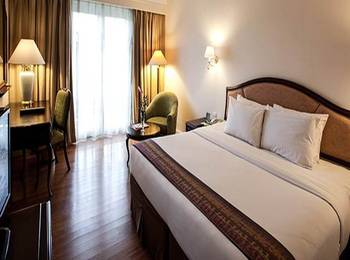 Mason Pine Hotel Bandung - Deluxe Room With Breakfast Regular Plan