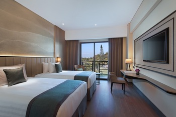 Mason Pine Hotel Bandung - Pine Deluxe Twin Room Only Regular Plan