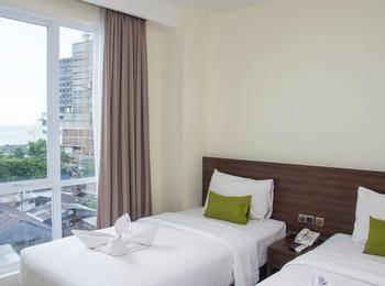 Green Eden Hotel Manado - Deluxe Twin City View Regular Plan