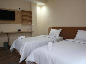 Harvani Hotel Palembang - Superior Room Only Regular Plan