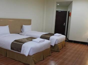 REVAYAH Hotels Manggarai - Superior Twin Room  Regular Plan