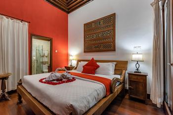 Villa Mulyono Malang - Villa Mulyono With Private Pool Regular Plan