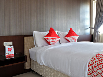 OYO 2691 Asokanori Guest House Makassar - Standard Double Room Regular Plan