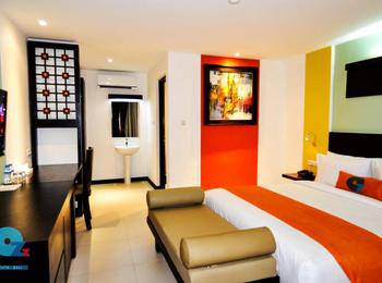 Ozz Hotel Kuta Bali - Deluxe Double with breakfast Last minute Discount 45%