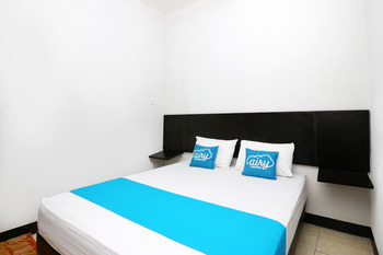 Airy Eco Syariah Bandara Juanda Letjen Wahono 25 Sidoarjo - Standard Double Room Only Regular Plan
