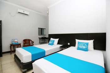 Airy Eco Syariah Bandara Juanda Letjen Wahono 25 Sidoarjo - Superior Twin Room Only Regular Plan