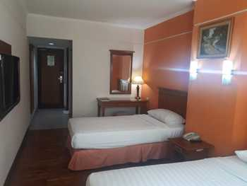 Mega Cikini Jakarta - Superior Room   Regular Plan