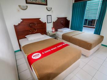 NIDA Rooms Genteng Bambu Runcing Surabaya - Double Room Double Occupancy Special Promo