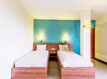 New Moonlight Hotel Bandung - Standard Room With Breakfast Regular Plan