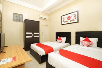 OYO 571 The House At Lebak Syariah Surabaya - Standard Twin Regular Plan
