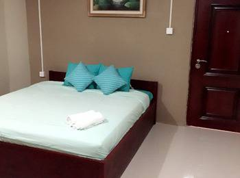 Gang Guest Hotel & Resto Tuban - Deluxe Room Regular Plan