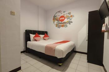OYO 176 Virgo Residence Jakarta - Standard Double Room Regular Plan